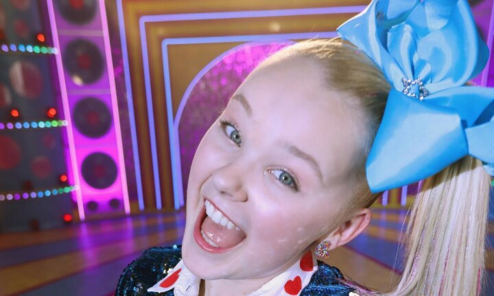 JoJo Siwa just announced her first Australian tour