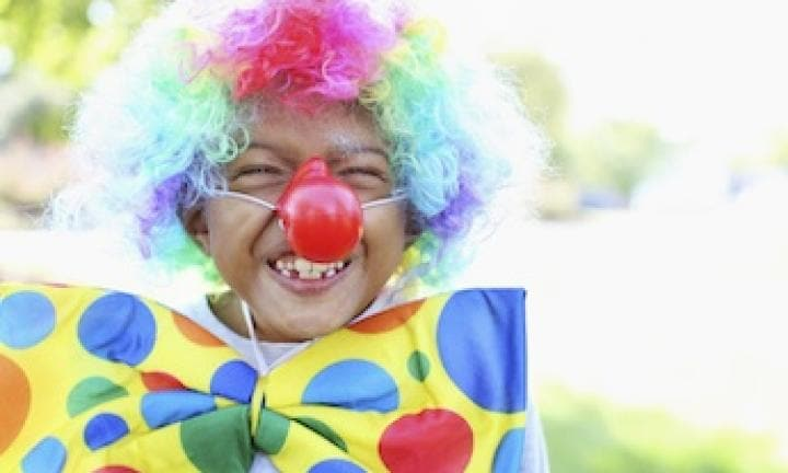 Clown costume: how to paint a clown face