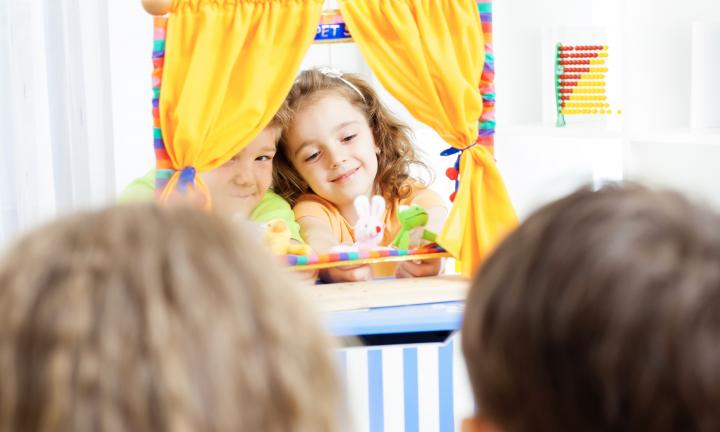 How to stage your own puppet show