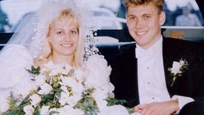 a review of the facts of notorious case of paul bernardo and karla homolka in canada Paul bernardo and karla homolka: solving killer cases from my life fighting crime audiblecouk reviews audiblecom reviews.