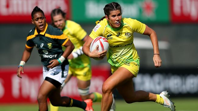 Charlotte Caslick in action for Australia against South Africa during the opening day of the Dubai Sevens.
