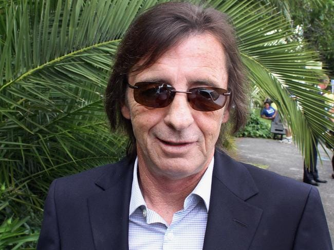 He's been in trouble before: Phil Rudd leaves Tauranga District Court after his conviction for cannabis possession in 2010. Picture: Getty