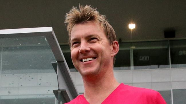 Former cricketer Brett Lee is in the firing line over controversial hunting photos