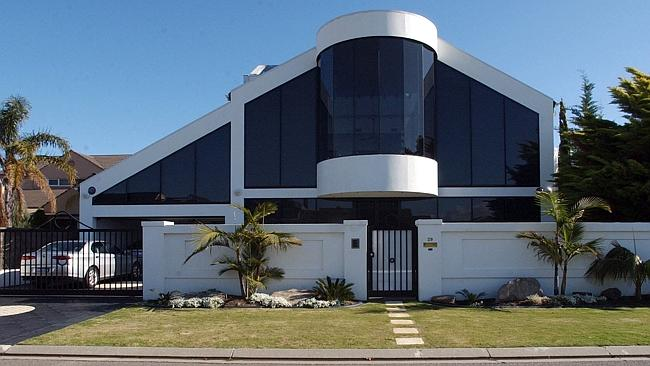 THE Hewitt's have been trying to sell their Martin Court, Adelaide home for some time. Pi