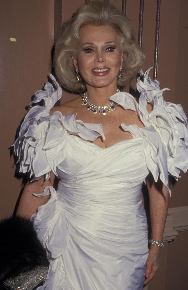 Actress Zsa Zsa Gabor attends Nostros Golden Eagle Awards on July 17, 1987 at the Beverly Hilton Hotel in Beverly Hills, California.
