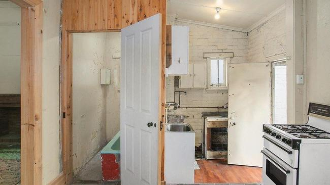 more derelict homes expected to sell under the hammer as sydney s. Black Bedroom Furniture Sets. Home Design Ideas