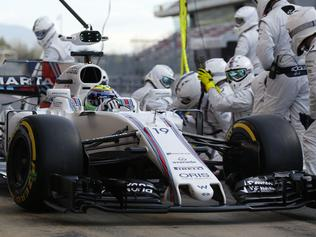 Williams Formula 1 team pit crew