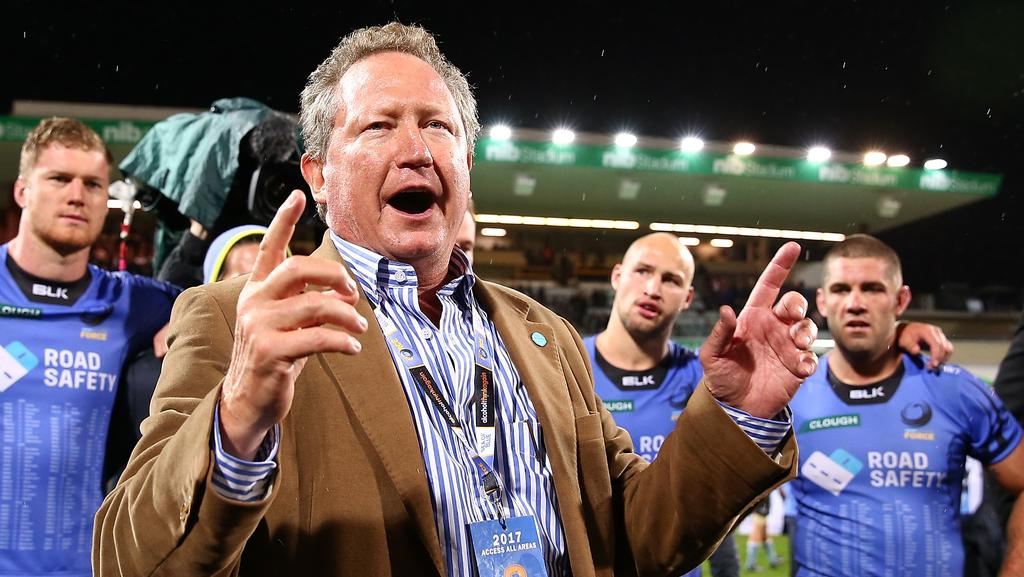 Andrew Forrest addresses the Force players and coaches at nib Stadium in Perth.