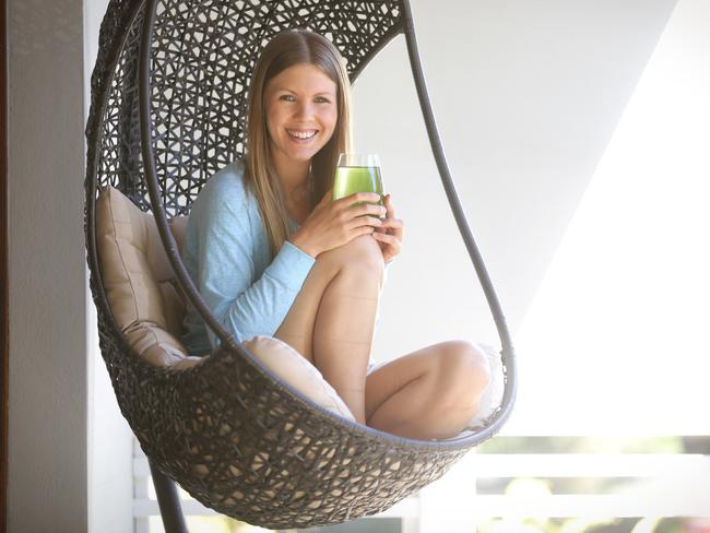 Jessica Ainscough declined traditional cancer treatments in lieu of drinking raw juices and sticking to a strict vegan diet. Photo: Jamie Hanson.