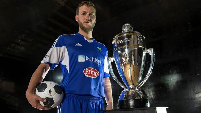 Neil Jablonski, Hakoah FC captain with the FFA Cup. Source: Football NSW.
