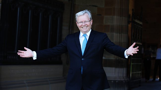 Former Prime Minister Kevin Rudd at Sydney Universityto host a picnic for Twinings and the RSPCA. Picture: Nikki Short