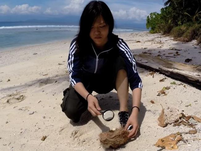 Woman intentionally stranded on deserted island
