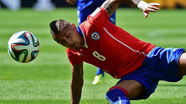 Tatts our guy. Man United target Arturo Vidal.