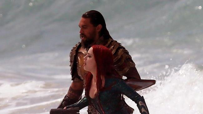 EXCLUSIVE: Jason Momoa films Aquaman at Currumbin. 20 Oct 2017 Pictured: Aquaman Exclusive, Jason Momoa, Amber Heard, and Kelly McNaught, Currumbin, QLD. Photo credit: Andrew Carlile / MEGA TheMegaAgency.com +1 888 505 6342