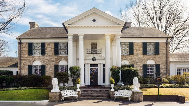 Elvis Presley's Memphis mansion Graceland a sight to behold