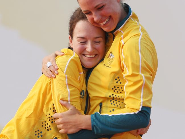 Elise with Tessa Parkinson after they won gold in the women's 470 class at the Beijing Olympics in 2008