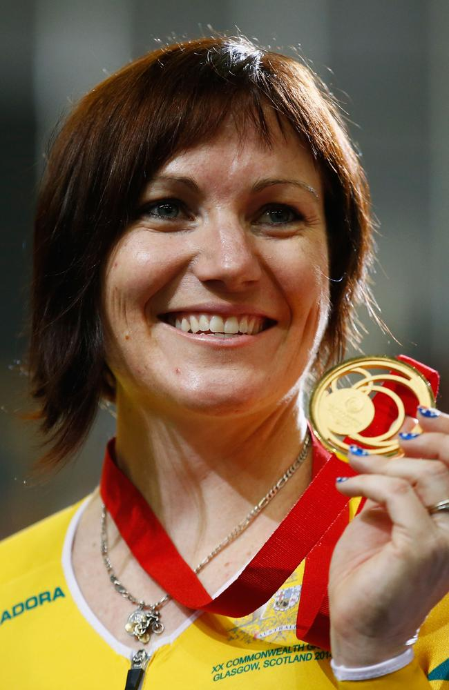 Anna Meares shows off her new bling.