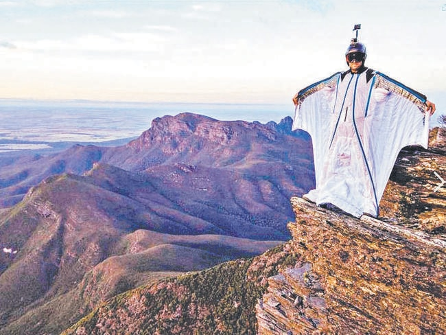 Manly wingsuit flyer Alex Duncan, who lived and worked in Perth, was killed in the Swiss Alps during a jump on Tuesday.