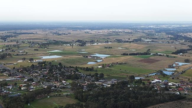 Abbott approves airport at Badgerys Creek