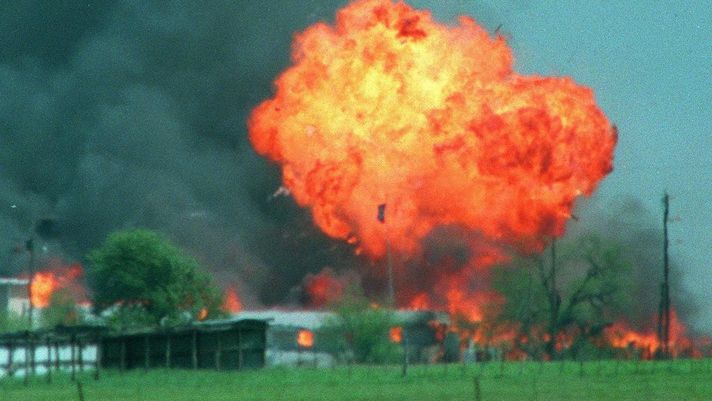 essay on branch davidians Branch davidians this essay branch davidians and other 63,000+ term papers, college essay examples and free essays are available now on reviewessayscom.