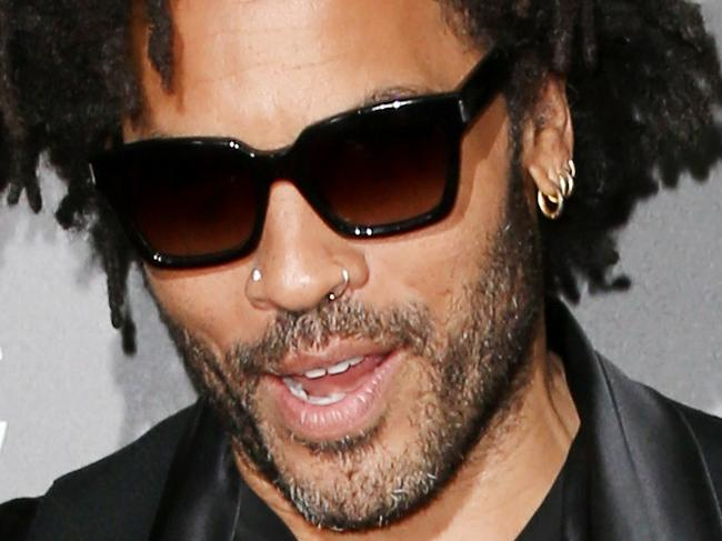 BEVERLY HILLS, CA - NOVEMBER 06: Recording artist Lenny Kravitz attends the 20th Annual Hollywood Film Awards on November 6, 2016 in Beverly Hills, California.  (Photo by Frederick M. Brown/Getty Images)