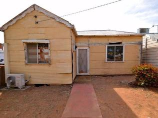 208 Cornish Street, Broken Hill sold for $18,000. NSW real estate.