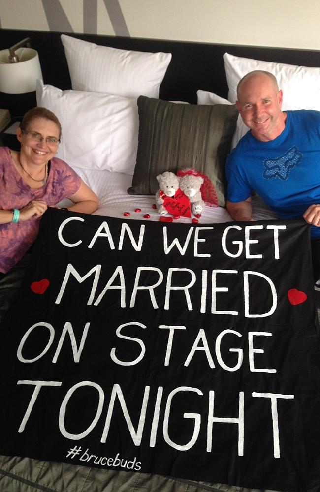 'Can we get married on stage t...