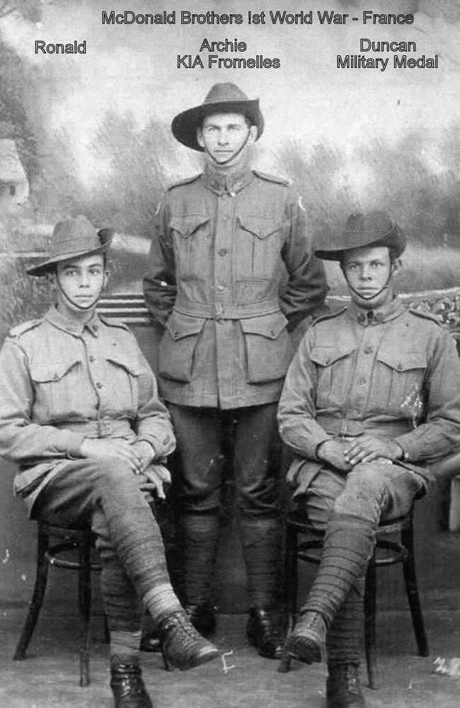 Private Archie McDonald, centre, born in Wyrallah, NSW.