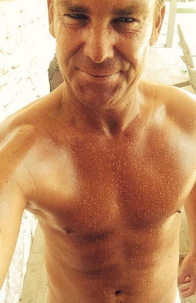 Shane Warne's earlier selfie effort ... another non-hit with his fans.