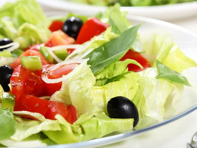 The Mediterranean diet is still the best way to lose weight according to one nutritionist.