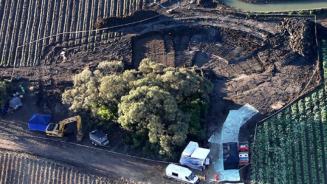 An aerial picture of the site where police are searching a farm in Maude Rd, Hay, for the remains of Donald Mackay. Picture: Stephen Cooper
