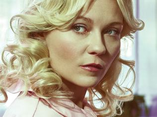 Embargoed to October 25, 2015, Sunday TV Guides first use. Kirsten Dunst stars in Fargo. Picture: Supplied by SBS