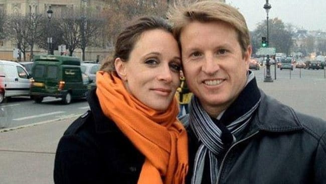 Facebook photo of Paula Broadwell with her husband Scott.