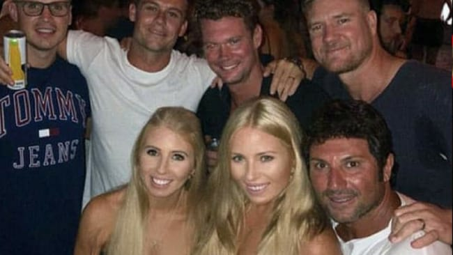 MAFS stars Ryan, Justin, Dean, Ashley and Nasser hang out.Source:Instagram