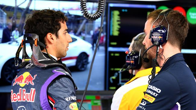 Ricciardo backs the team to get the Red Bull onto the Mercedes' pace.