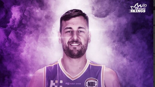 Andrew Bogut has been cleared to join the Sydney Kings.