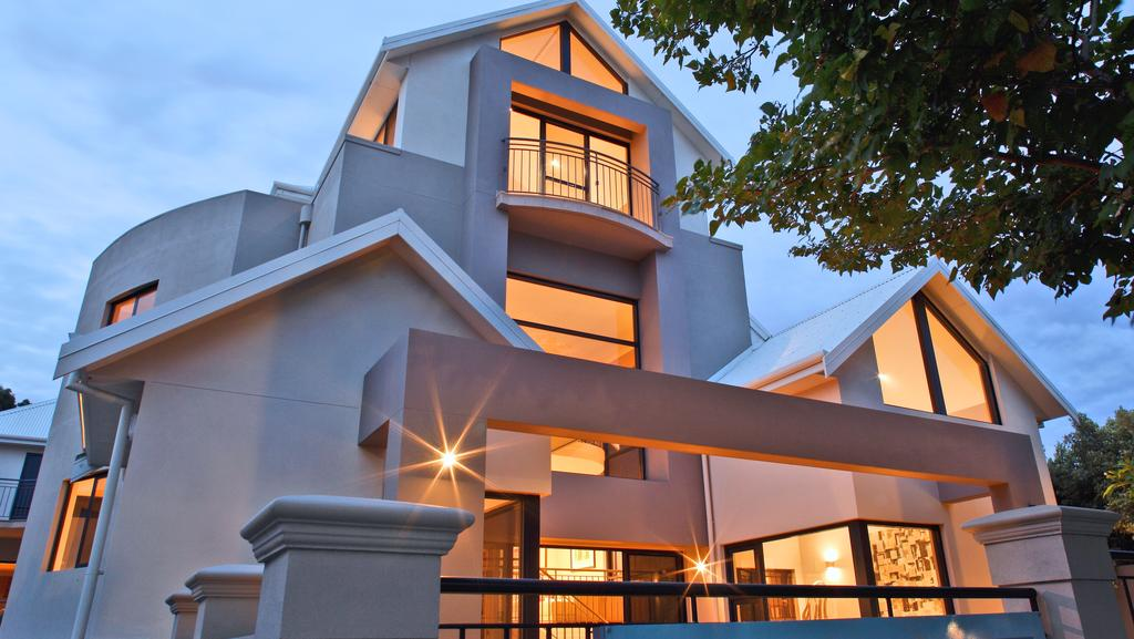 Wealthy Suburbs Are Offering The Best Bargains For Perth Tenants Image Supplied