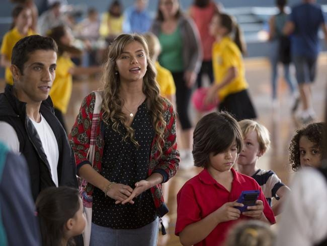 Indiana Evans joins the cast of Nine's House Husbands in season four.