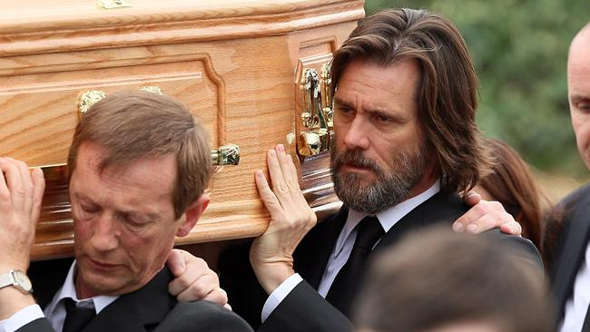 Carrey carries the coffin of White. Picture: <i>Splash News</