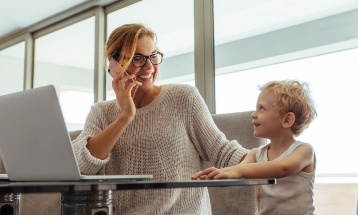 Study finds part-time working mums do extra work without pay