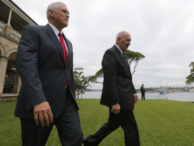 Peter Cosgrove with Mike Pence on the grounds of Admiralty House in Sydney.