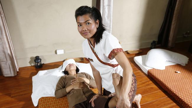 massage thai facebook sex