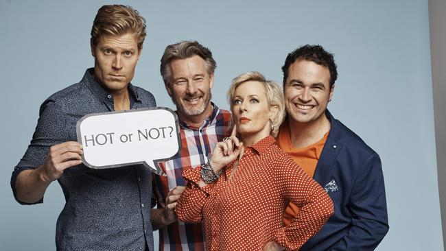 Amanda Keller Wants Serious Acting Role After The Living Room Gold Coast Bulletin