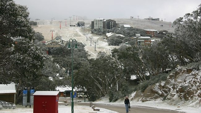 Mt Buller Easter Monday snow