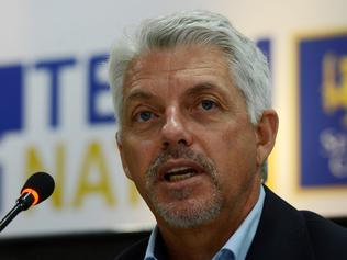 (FILES) This file photo taken on December 15, 2016 shows International Cricket Council (ICC) Chief Executive David Richardson as he addresses a press conference in the capital Colombo. The time is right for cricket to bid to become an Olympic sport with the 2024 Games being eyed as a strong possibility, Richardson said on March 30, 2017. / AFP PHOTO / LAKRUWAN WANNIARACHCHI