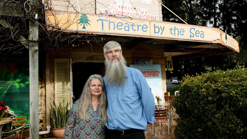 avoca beach picture theatre loses 12 year battle to expand. Black Bedroom Furniture Sets. Home Design Ideas
