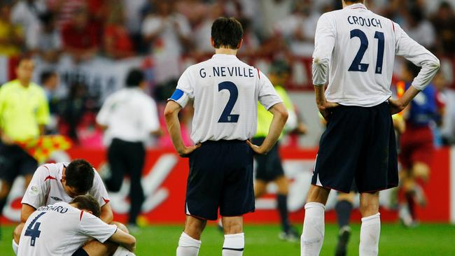 Frank Lampard tries to console Steven Gerrard after the duo missed in the 2006 quarters against Portugal.