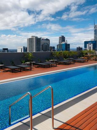 Ultimate pool party 11 of the best hotel rooftop and for Private swimming pool melbourne