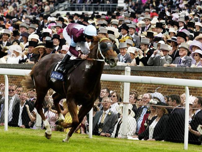 Choisir with jockey Jonny Murtagh aboard take out the 2003 King's Stand Stakes at Royal Ascot.
