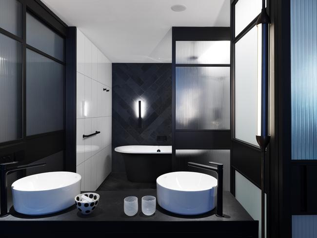 Qt melbourne opening hotel s quirky personality shines for Bathrooms r us melbourne